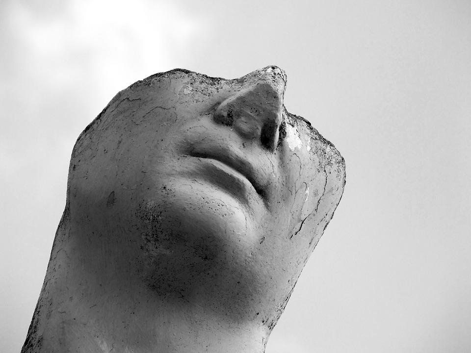 Χρ. Δ. Αντωνίου: Γιάννης Παπακώστας, Πού μας πάει αυτό το αίμα; ( Αναπαραστάσεις αυτοδικίας και βίας στη νέα ελληνική λογοτεχνία), Εκδόσεις Πατάκη, σ. 420.