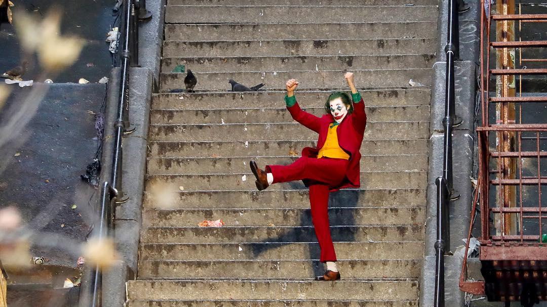 Γιούλη Ζαχαρίου: Joker (2019)σκηνοθεσία: Τοντ Φίλιπς